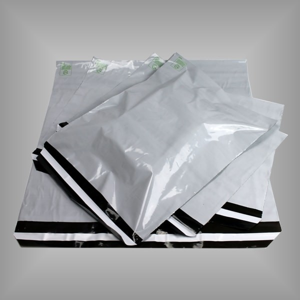 Folienversandtaschen weiß 100 Stück, versch. Größen